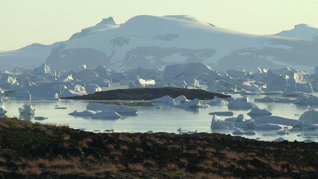 Sur les traces des explorateurs de l'Arctique