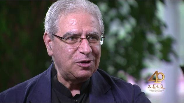 Giuseppe Cuccia, consultant en opéra