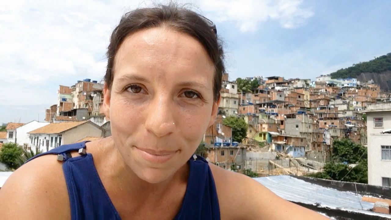 Dieu, la coke et moi - Hélène au Brésil