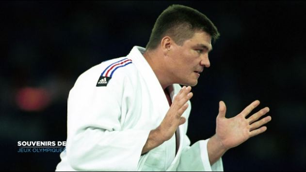 Un premier sacre olympique pour David Douillet