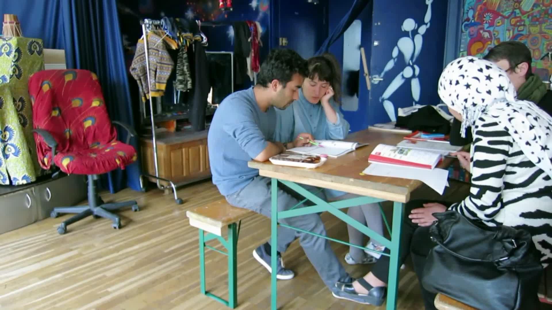 Le français, langue d'arrivée des réfugiés - Hélène en France