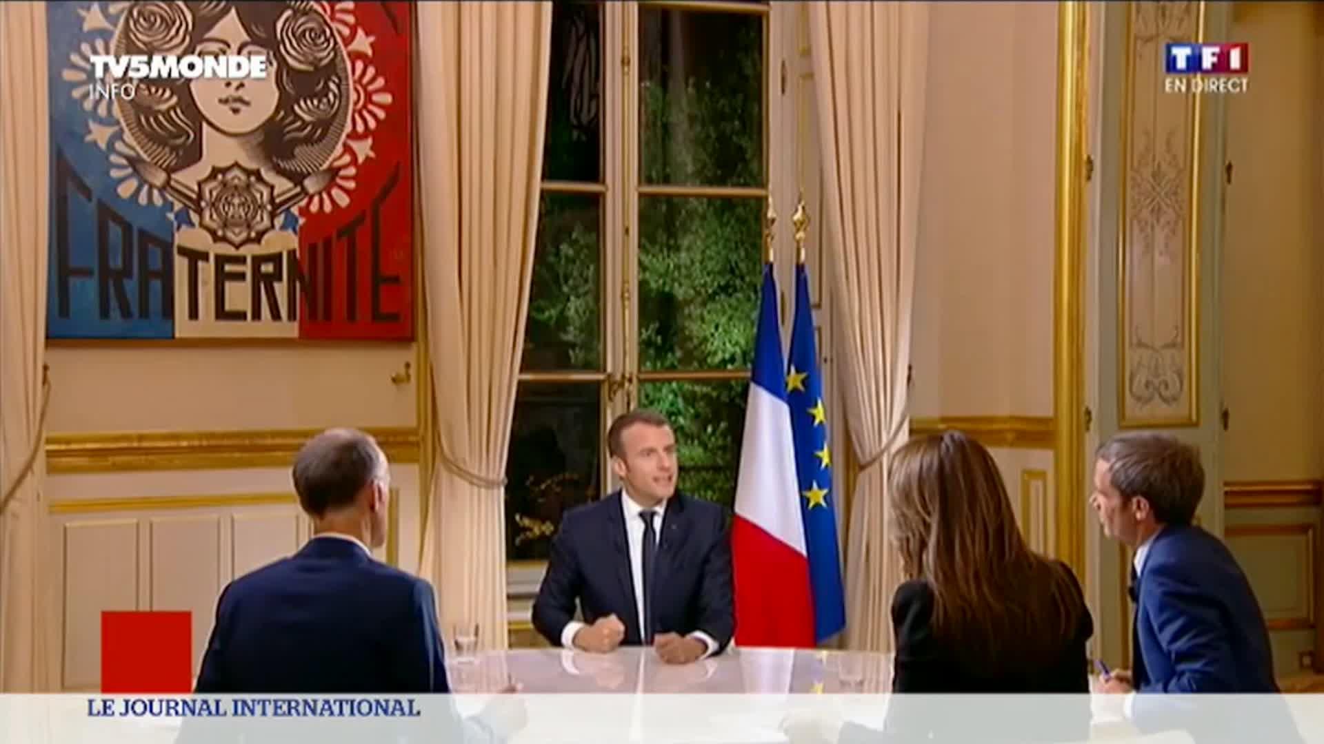 Emmanuel Macron s'adresse aux médias